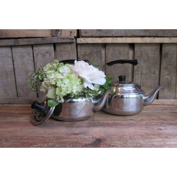kettle-con-flores
