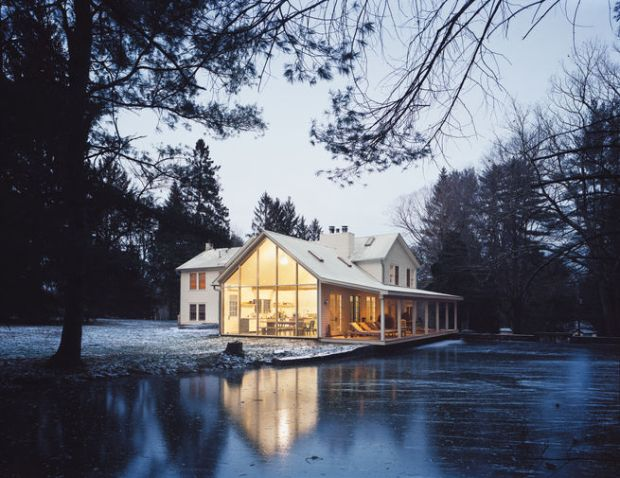 floating-farmhouse-exterior
