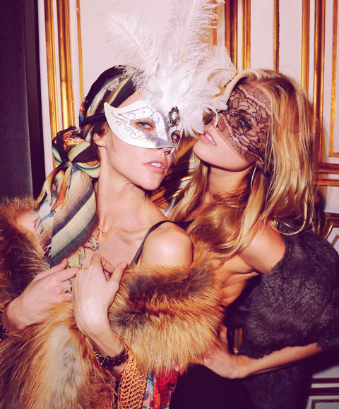 la-modella-mafia-Happy-New-Year-Sasha-Pivovarova-Maryna-Linchuk
