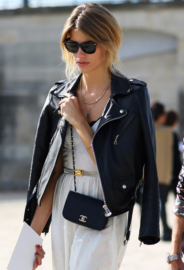 street-style-leather-moto-jacket-over-the-shoulders-paris-fashion-week-ray-ban-wayfarer-sunglasses-layered-necklaces-simple-white-dress-peek-a-boo-bra-metallic-waist-thin-belt-small-chai (1)